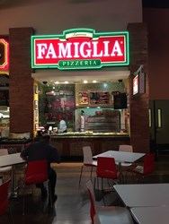 Famigilia Pizza Picture