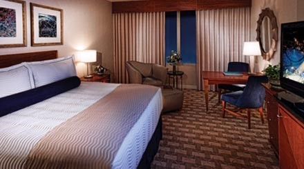 Deluxe Room At Mohegan Sun