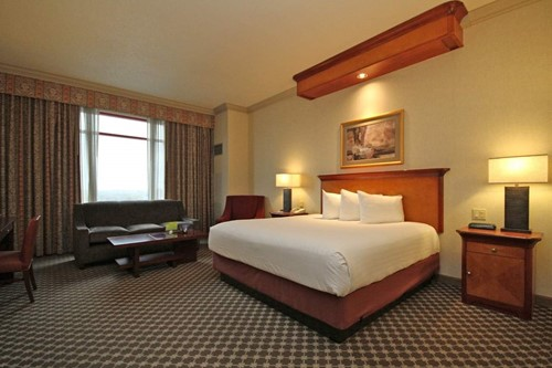 Luxury Room Room At Harrah's Joliet Casino and Hotel