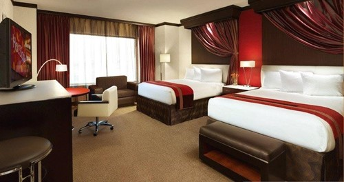 Deluxe Room At Ameristar Casino & Hotel East Chicago