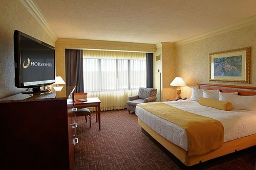 Deluxe Room Room At Horseshoe Southern Indiana Casino Hotel
