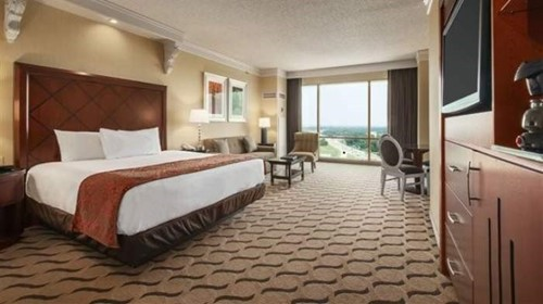 Premium Room At Horseshoe Casino & Hotel - Bossier City