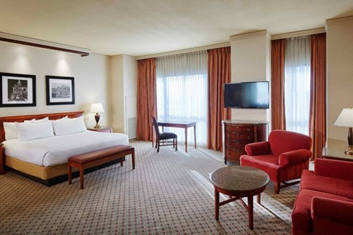 Junior Suite Room At Harrah's North Kansas City Casino & Hotel