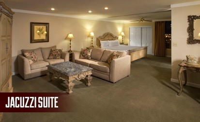 Jacuzzi Suites Room At El Cortez Hotel & Casino