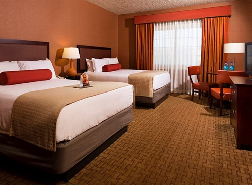 RESORT KING OR QUEEN ROOM image