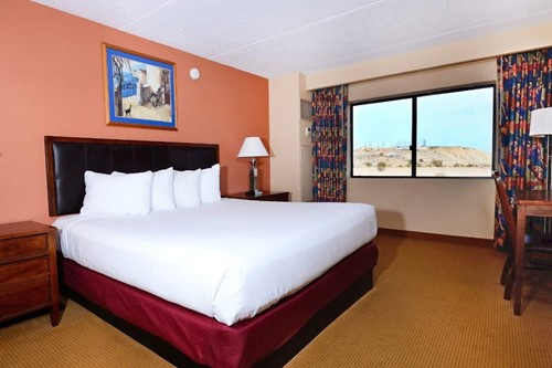 North Tower Classic Room At Harrah's Laughlin Casino & Hotel