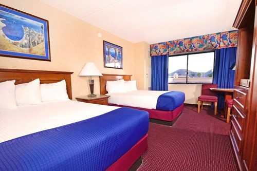South Tower Riverfront Room At Harrah's Laughlin Casino & Hotel
