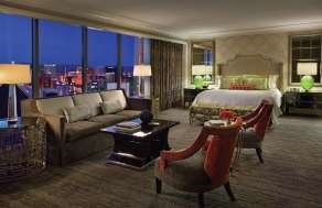 Strip View Studio Room At Mandalay Bay Resort & Casino