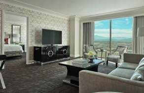 Four Seasons Executive Suites image