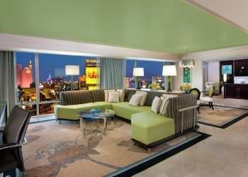 two bedroom tower suite at the mirage. Black Bedroom Furniture Sets. Home Design Ideas