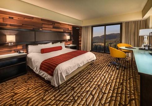 Deluxe Room Room At MontBleu Resort Casino & Spa