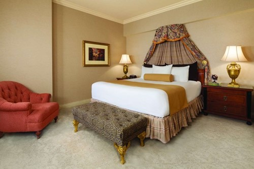 Deluxe Suite Room At Paris Las Vegas