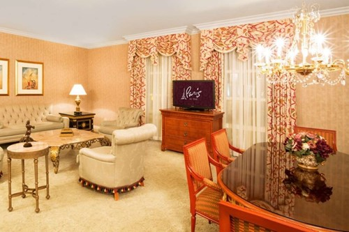 Nice Suite Room At Paris Las Vegas