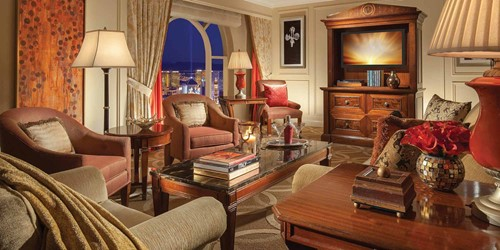 Grand King Suite image