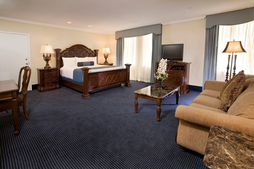 Superior Deluxe Room image
