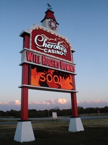 Cherokee Casino - Will Rogers Downs image