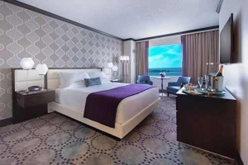 Deluxe Room Room At Harrah's Gulf Coast