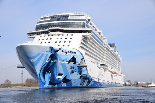 Norwegian Bliss Ship At Norwegian (NCL)