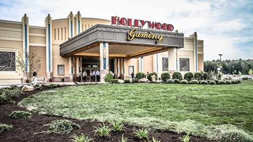 Hollywood Gaming at Mahoning Valley Race Course Casinos