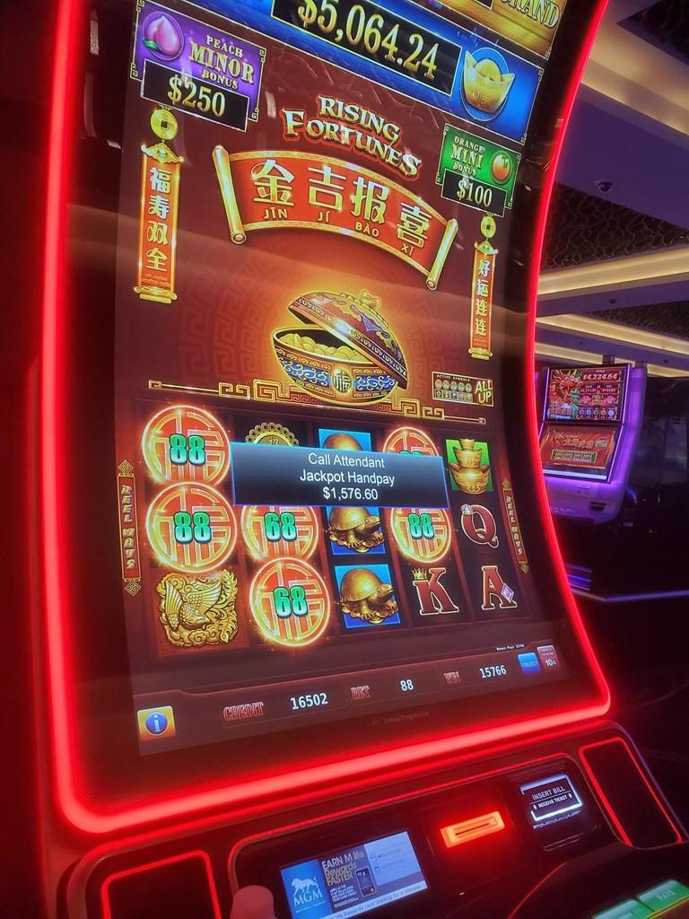 Slot machines at saratoga changes minimum bethel