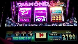 Diamond Jubilee slot machine