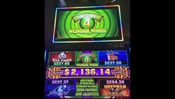Wonder 4 Wonder Wheel slot machine