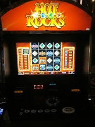 Hot Rocks slot machine