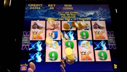 Timberwolf slot machine