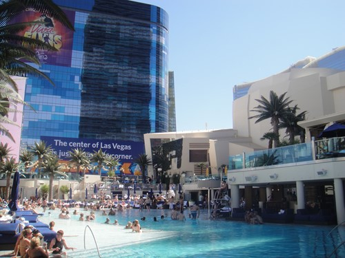 Boulevard Pool - The Cosmopolitan Of Las Vegas image