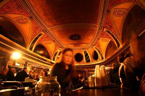 Riviera Theatre image